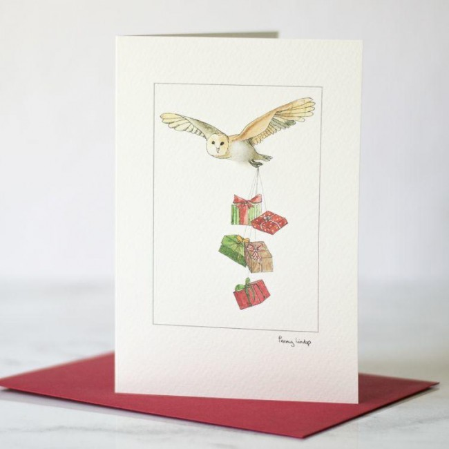 C147 Christmas card with owl and presents